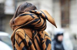 LV blanket scarf