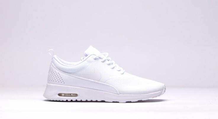 afew-store-sneaker-nike-wmns-air-max-thea-white-white-20