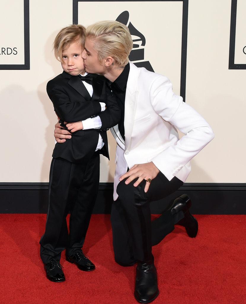 Justin-Bieber-His-Little-Brother-Grammys-2016.jpg