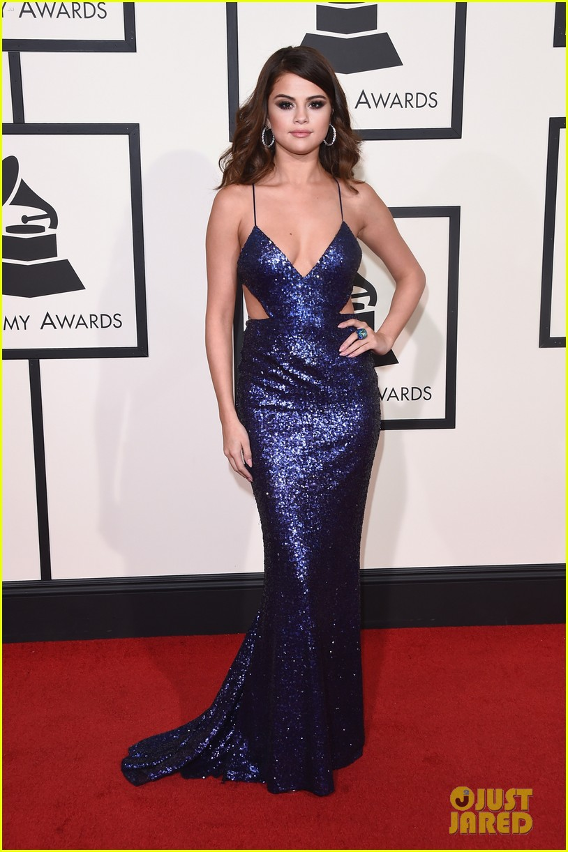 selena-gomez-grammys-2016-red-carpet-taylor-swift-01.jpg