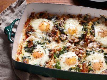 FNM_120112-Mushroom-Spinach-Baked-Eggs-Recipe_s4x3.jpg.rend.sni12col.landscape.jpeg