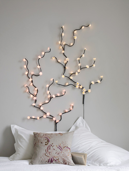 http://chirsmasdecors.blogspot.com/2015/01/christmas-light-wall-decorations.html