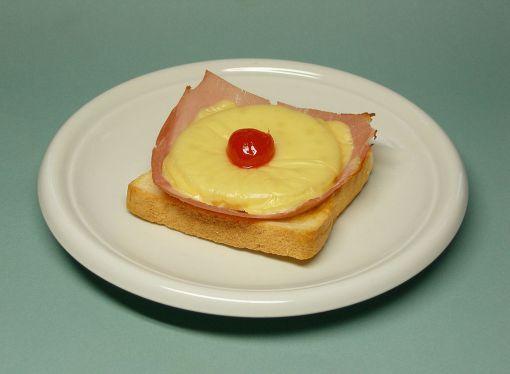 1024px-toast_hawaii_rz