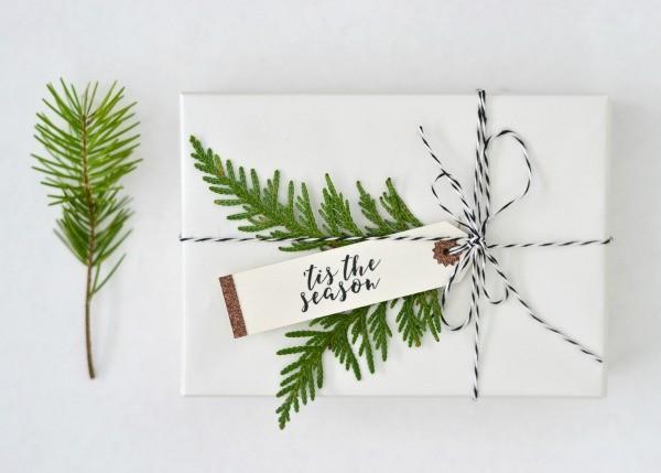 Cricut-Christmas-Tags-_-TCL-7edit-600x429