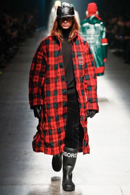 undercover-takahiromiyashitathesoloist-fall-winter-2018-runway-74